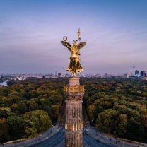 victory_column_frontal