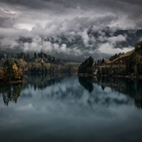 misty_lake_south_tyrol