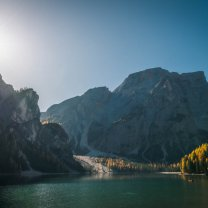 sun_over_pragser_wildsee