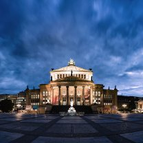 gendarmenmarkt_in_blue